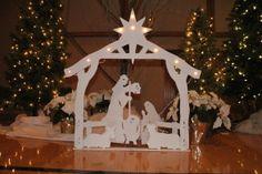 Beautiful display at the Milwaukie, Oregon Joy to the World nativity festival.  #nativity