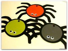 Hämähäkki-kutsukortti   Juhlamielellä Fall Crafts, Halloween, Autumn Crafts, Spring Crafts, Spooky Halloween