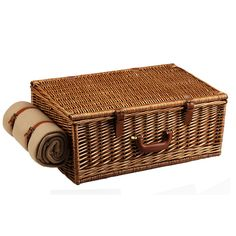Picnic at Ascot Dorset English-Style Willow Picnic Basket with Service for 4 w/Coffee Set & Blanket