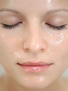 Cuida tu #piel haciendo ejercicio. El sudor es un proceso por el que tu cuerpo elimina toxinas,  ¡también de tu piel! #Skincare #BeBeautiful #Cuidado #Consejos #Tips