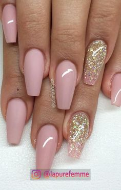 Lovely 55 glitter gel nail designs for short nails for spring 2019 15 Gel Nail Designs, Cute Nail Designs, Coffin Nails Designs Summer, Fabulous Nails, Gorgeous Nails, Hot Nails, Pink Nails, Matte Nails, Pink Nail Art
