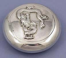 Chinese Export Silver Snuff Box by Wang Hing