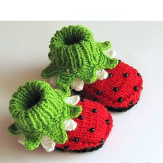 "Knitting Patterns Girl Knitted Baby girl booties ""Ladybugs"", baby girl shoes, knitting, kids clothing / size on Etsy, . Knitting For Kids, Knitting Projects, Baby Knitting, Crochet Projects, Knitting Patterns, Doll Patterns, Crochet Baby Shoes, Crochet Baby Booties, Knit Patterns"