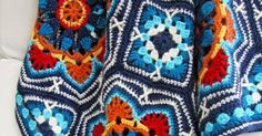 Persian Tile Blanket by Jane Crowfoot          Amazing Blanket    The Main Motif (Octagon)                        To Buy The Pattern …   ...