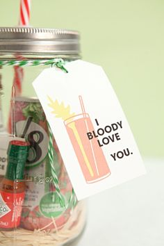 In this tutorial we share how to make the most adorable mason jar bloody mary gift you've ever seen, plus a recipe for the best bloody mary spice mix ever! Mason Jar Cocktails, Mason Jars, Homemade Christmas Gifts, Homemade Gifts, Homemade Food, Christmas Ideas, Drinking Jars, Bloody Mary Recipes, Alcohol Gifts