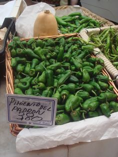 Pimientos del padrón, unos pican e outros non¡¡¡ Galician bellpepper, fry it in olive oil and serve it with coarse sea salt... the best starter I know ❤