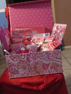 made a cute Hello Kitty basket for silent auction for kids school- love it !!