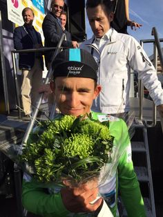 Etixx - Quick-Step @Etixx_QuickStep A little lemon & lime for @michalkwiatek!  (Also is the best young rider!) #ParisNice #OurWay pic.twitter.com/O1SEhLNxbd