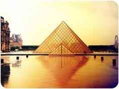 IM PEI. Louvre. Paris 1989
