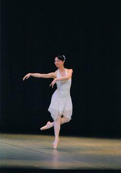 White Dress, Ballet Skirt, Skirts, Dresses, Fashion, Vestidos, Moda, Tutu, Skirt