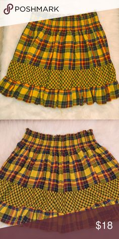 Beautiful Yellow Scottish Plaid Skirt Unique and different Skirt wide elastic waist Size L Skirts Mini