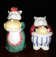 FITZ AND FLOYD FF CAT SERVANTS SALT AND PEPPER SHAKERS