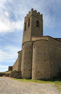 Conjunto fortificado de Muro de Roda en la Fueva Huesca - Spain