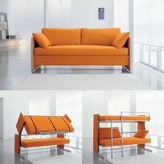 Para descomplicar a vida: sofá que vira beliche é perfeito para quem recebe muitos amigos e familiares em casa. Você pode comprar pelo site www.gadget-o.com pelo precinho de US$6,840.00.