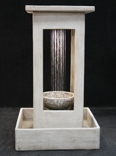 Smooth Center Rain Outdoor Water Fountain with Bowl and Square Basin