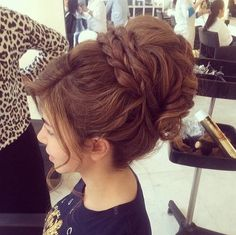 hair styles for long hair updo