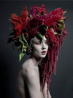 Pine Tree Mary, 2013 - Portrait Photography by Carine Thevenau Foto Fashion, Fashion Beauty, Street Fashion, Fashion Models, Casco Floral, 3 4 Face, Floral Headpiece, Floral Fashion, Flower Crowns