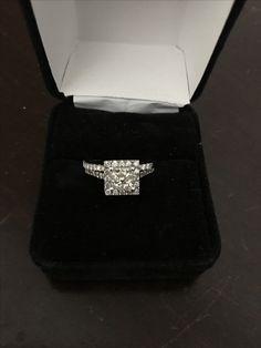 Beautiful 1 Carat Princess Diamond For Sale 1 Carat, Jewelry Stores, Diamond Engagement Rings, Diamonds, Jewelry Design, Buy And Sell, Wedding Rings, Gemstones, Princess