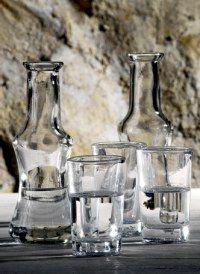 tsikoudia Go Greek, Greek Life, Greek Recipes, Greece Travel, Crete, Cheers, Art Gallery, Drinks, Summer