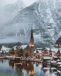 The cozy town of Hallstatt, Austria - - Austria Travel Destinations Family Kids Vacation Europe Places To Travel, Places To See, Travel Destinations, Travel Trip, Travel Guide, Beautiful World, Beautiful Places, Austria Travel, Voyage Europe