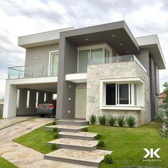Dream home-door for the garage Bungalow House Design, House Front Design, Small House Design, Dream Home Design, Modern House Design, Dream House Exterior, Dream House Plans, Model House Plan, Home Building Design