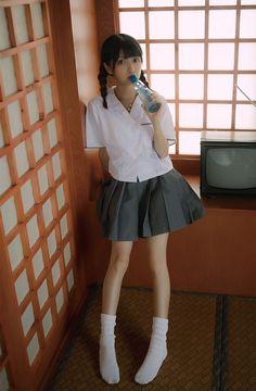 年の「Please Show Respect: The beauty of Japan, in all it's forms, can be found here. If you don't like what you see or are offended, pl… School Girl Japan, School Girl Outfit, Japan Girl, Girl Outfits, Asian Cute, Cute Asian Girls, Cute Girls, Beautiful Japanese Girl, Beautiful Asian Girls