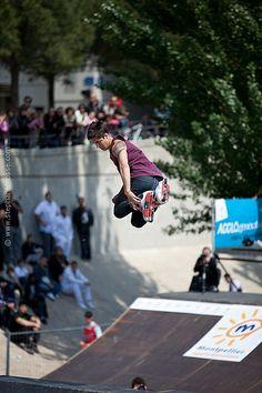 Brian Aragon Aggressive Skates, Roller Blading, Inline Skating, Freestyle, Aragon, Roller Derby, Extreme Sports, Rollers, Bro
