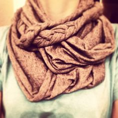 DIY infinity scarf with braids