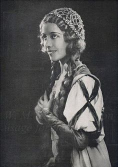 Lily Pons--opera star