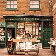 From bookstores that will make you feel like you've stepped into the library from Beauty and the Beast to ones that feel like you've stepped into someone's living room, this list of best bookshops in London covers the beautiful, cozy and unique bookshops. Locuciones Latinas, Architecture Baroque, Book Cafe, Book Store Cafe, Voyage Europe, Book Aesthetic, Shop Fronts, Books To Buy, Book Nooks