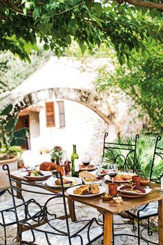 Lunch al fresco at Finca es Serral restaurant, Mallorca Restaurant Mallorca, Outdoor Restaurant, Europe Holidays, Spain Holidays, Deia Mallorca, Mallorca Beaches, East Coast Beaches, Balearic Islands, Canary Islands