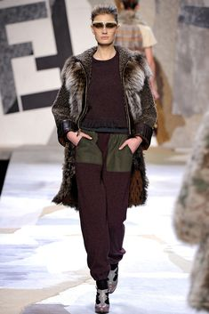 Fendi Fall 2011 Ready-to-Wear Fashion Show - Constance Jablonski