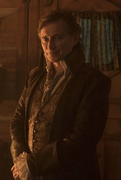 Photos - Once Upon a Time - Season 7 - Promotional Episode Photos - Episode - The Guardian - Belle And Rumplestiltskin, Rumple And Belle, Rumpelstiltskin, Belle French, Ouat Characters, Emilie De Ravin, The Dark One, Time Series, Robert Carlyle
