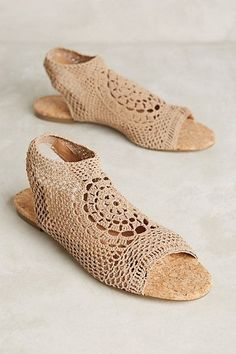 Women love shoes and most of us believe there's no such thing as too many shoes. True, they protect your feet from sharp objects and dirt, but shoes go bey Sock Shoes, Cute Shoes, Me Too Shoes, Shoe Boots, Shoes Sandals, Mint Sandals, Crochet Shoes, Vintage Shoes, Summer Shoes