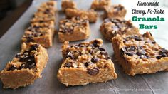 Homemade No-Bake Chewy Granola Bars - SO good!