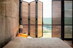 Residência Itahye / Apiacás Arquitetos + Brito Antunes Arquitetura #bedroom #window #view