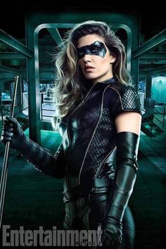 Take a first look at Juliana Harkavy in the new Black Canary costume as her Dinah Drake makes her costumed debut for The CW's upcoming Arrow season six. Arrow Cosplay, Arrow Black Canary, White Canary, Black Canary Costume, The Flash, Arrow Season 6, Dinah Drake, Arrow Tv Series, Arrow Serie