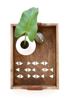 DIY Triangle Patterned Tray with leather wrapped handles. #5WaystoDIY Customize a $10 wooden tray.