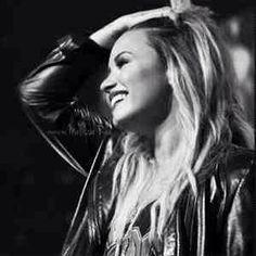 { Demi Lovato } #demilovato