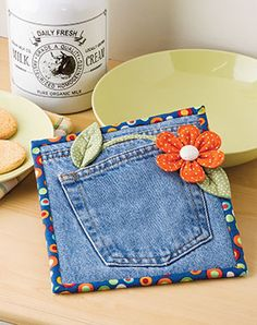 Posy in My Pocket Hot Pad - Quilter's World - Summer 2017 pg 67