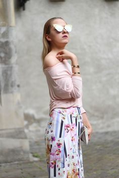 fashion blog, style, street, street style, dress, model, smile, blond, girl, slovakia, clothes, sunglasses, outfit, ootd, casual, colors, summer, elegant, heels, sandals, pumps, culottes, flowers, rose quartz, pink, baby pink off shoulder top