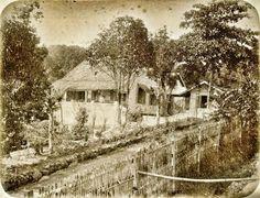 Hotel te Prigen bij Pasoeroean 1880.