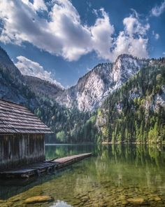 Der Gleinkersee in Oberösterreich © @vanceance Wanderlust, Heart Of Europe, You Are Awesome, Natural Healing, Austria, Mountains, Landscape, Instagram, Places