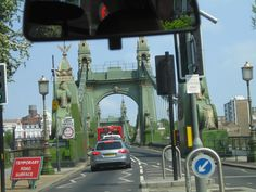 Hammersmith Bridge Marina Bay Sands, Bridge, London, Building, Travel, Viajes, Buildings, Bridges, Bro