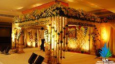 Indian Wedding Receptions, Diy Wedding Reception, Wedding Mandap, Telugu Wedding, Wedding Ideas, Wedding Themes, Simple Wedding Decorations, Backdrop Decorations, Flower Decorations