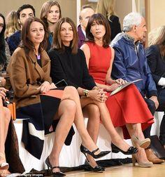 Caroline Rush, Natalie Massenet and Samantha Cameron at the Roksanda show during London Fa. Samantha Cameron, Old Wife, Vogue Uk, Roksanda, Style Icons, Donald Trump, Baby Strollers, Stylish, How To Wear