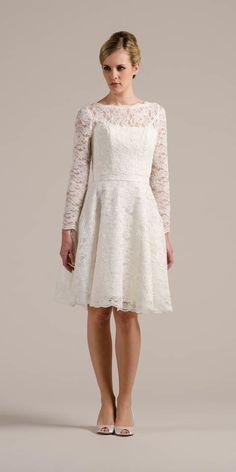 1 Kleid, 1000 Looks! Süß und stimmig oder frisch und keck? Mit unserem 50er Jahre Vintage Spitzenkleid findest du deinen Brautlook definitiv jetzt hier!