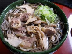 Cold meat soba  「冷たい肉蕎麦」