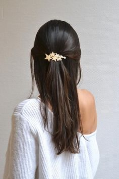 Simple and practical hair accessories hairpins hairpin, hair design, hair style, accessory, fashion Blond Hairstyles, Clip Hairstyles, Wedding Hairstyles, Boho Wedding Hair, Hair Comb Wedding, Wedding Gold, Lob For Thin Hair, Barrettes, Long Black Hair