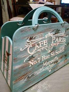 Wooden purses with the best art and transfers Wooden Purse, Wooden Boxes, Florida Decorating, Fabric Paint Designs, Vintage Wood, Shabby Chic Decor, Furniture Makeover, Painting On Wood, Chalk Paint